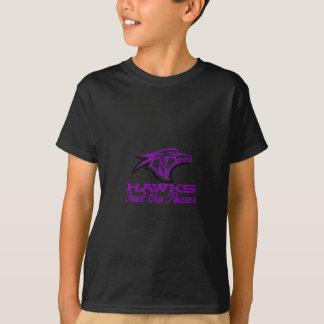 タカは力を感じます Tシャツ