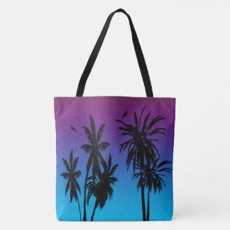 タカを一周するタヒチの日没の霞の黒のヤシの木 トートバッグ