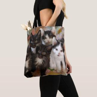 タキシードの子ネコ トートバッグ