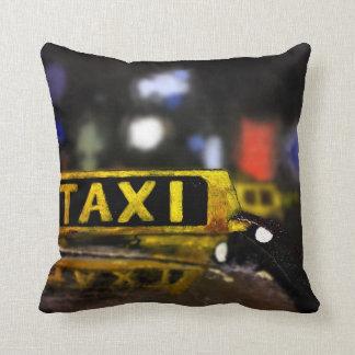 タクシーの枕 クッション