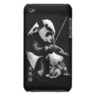 タケと遊ぶアジアジャイアントパンダの小熊 Case-Mate iPod TOUCH ケース