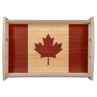 タケ一見及び刻まれたカナダの旗のカエデの葉 トレー