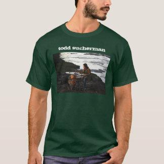 タッドSuchermanは川岸のTシャツをドラムをたたきます Tシャツ