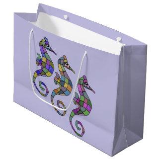 タツノオトシゴの虹のギフトバッグ ラージペーパーバッグ
