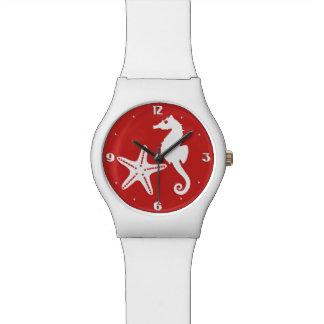タツノオトシゴ及びヒトデ-暗い珊瑚の赤と白 腕時計