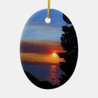 タホ湖の日没 セラミックオーナメント