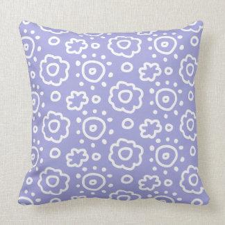 タマキビのラベンダー白い花パターン枕 クッション