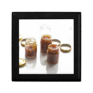 タマネギのパイナップルチャツネの原料およびpreparatio ギフトボックス