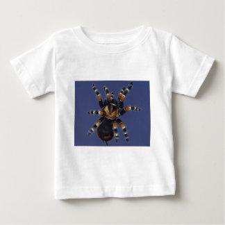 タランチュラのポートレート ベビーTシャツ