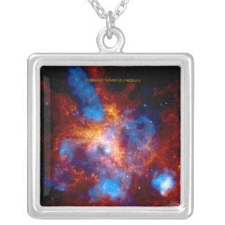 タランチュラの星雲 シルバープレートネックレス