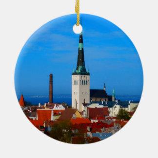 タリン、エストニア 陶器製丸型オーナメント