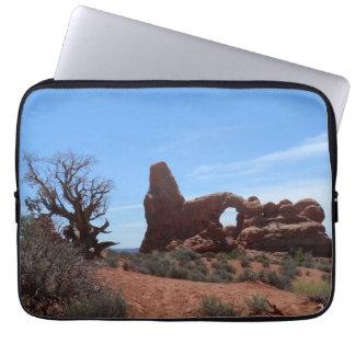 タレットのアーチは国立公園をアーチ形にします ラップトップスリーブ