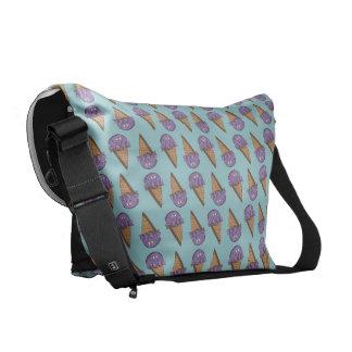 タロイモの円錐形 メッセンジャーバッグ