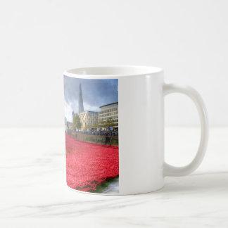 タワーのケシ コーヒーマグカップ