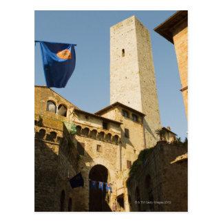 タワーの低い角度眺め、Torri Diサン ポストカード