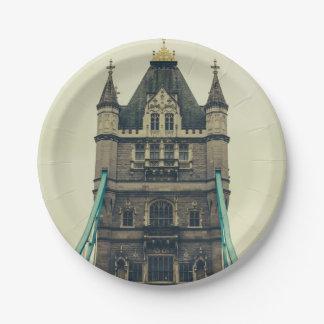 タワー橋クローズアップ、ロンドン、イギリス ペーパープレート