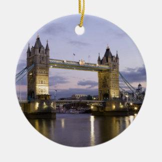 タワー橋テムズ川ロンドンイギリス セラミックオーナメント