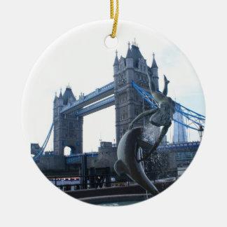 タワー橋ロンドンのオーナメント セラミックオーナメント