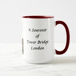 タワー橋、ロンドン-記念品のマグ マグカップ