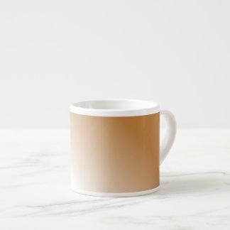 タンの暗い白いグラデーション エスプレッソカップ