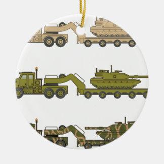タンクを引っ張る軍のトラック セラミックオーナメント