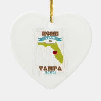 タンパ、フロリダの地図-ハートがあるところでがあります家 陶器製ハート型オーナメント