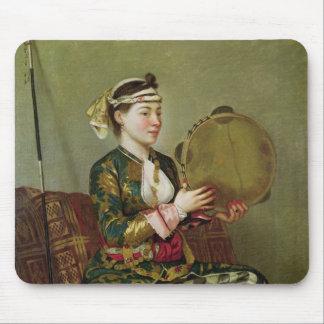 タンブリンを持つトルコの女性 マウスパッド