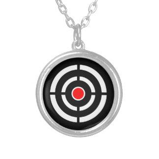 ターゲットの目-中心点のプリント シルバープレートネックレス