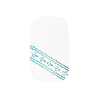 ターコイズのハート及びライン- Minxのネイル ネイルアート