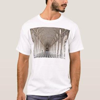 ダイアナのギャラリー Tシャツ