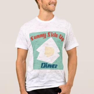ダイナーの上の明るい側面 Tシャツ
