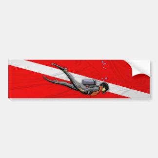ダイバーおよびしわを寄せられた飛び込みの旗 バンパーステッカー