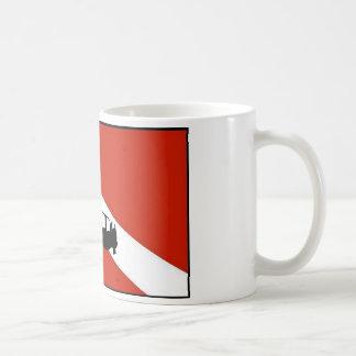 ダイバーの旗2 コーヒーマグカップ