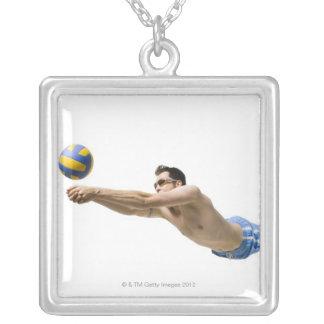 ダイビングのバレーボール選手 シルバープレートネックレス