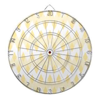 ダイヤモンドの形のクリーミーで黄色いジグザグパターン ダーツボード