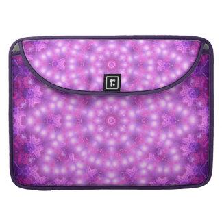 ダイヤモンドの星の花の曼荼羅 MacBook PROスリーブ