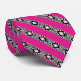 ダイヤモンドはとのタイを縞で飾ります ネクタイ