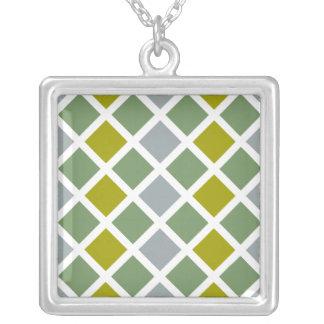 ダイヤモンドパターンネックレスは、カスタマイズ シルバープレートネックレス