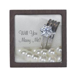 ダイヤモンド指輪および白い真珠は結婚します私と決定します ギフトボックス