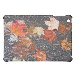 ダグのおもしろい-紅葉のiPad iPad Mini Case