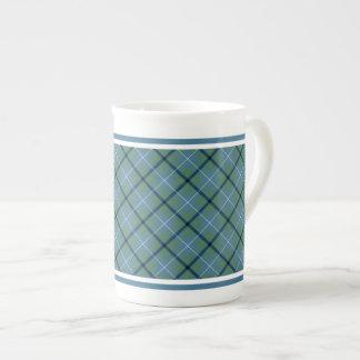 ダグラス家族の古代タータンチェックの淡いブルーの格子縞 ボーンチャイナカップ