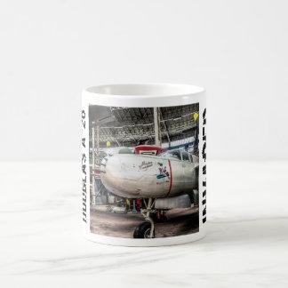 ダグラスA-26の侵略者 コーヒーマグカップ