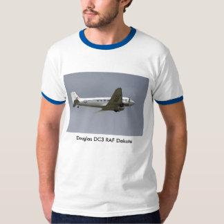 ダグラスDC3輸送機の人のTシャツ Tシャツ