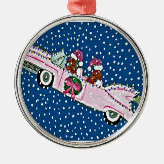 ダックスフントのサンタのクリスマスのピンクキャデラック メタルオーナメント