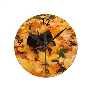 ダックスフントの子犬 ラウンド壁時計