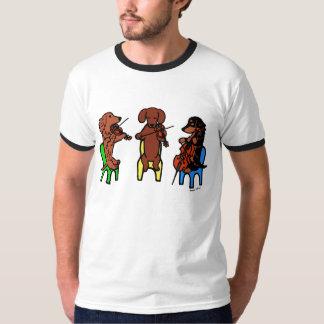 ダックスフントの弦楽三重奏のミュージシャンのTシャツ Tシャツ