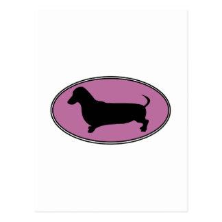 ダックスフントの楕円形のピンク ポストカード
