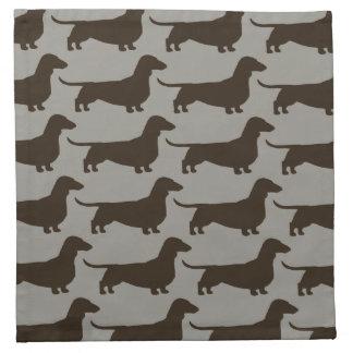 ダックスフントは後をつけますパターン(短い髪のウインナソーセージ犬)の ナプキンクロス
