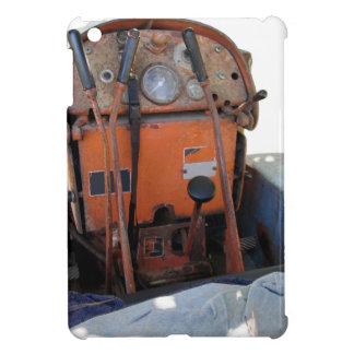 ダッシュボードの古くイタリアンなクローラートラクター iPad MINI カバー