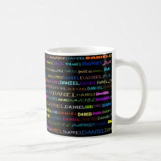 ダニエル文字デザインなIのマグII コーヒーマグカップ